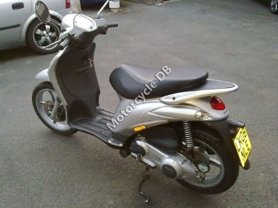 piaggio liberty 125 pictures, specifications, videos and reviews