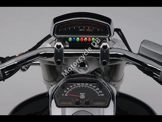 suzuki m109r review. Suzuki Boulevard M109R