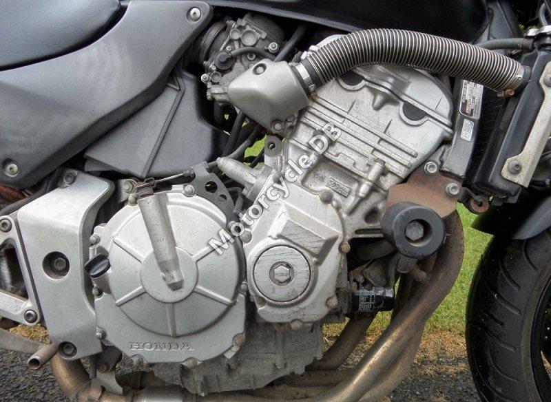 Honda CB 600 F Hornet 2001 29591