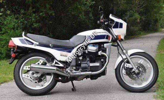 Honda CX 650 C (reduced effect) 1983 11835
