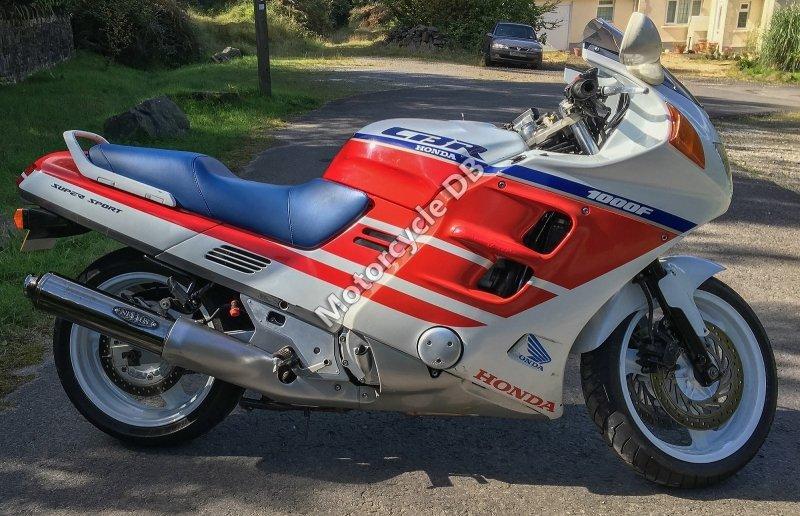 Honda CBR 1000 F 1992 30039
