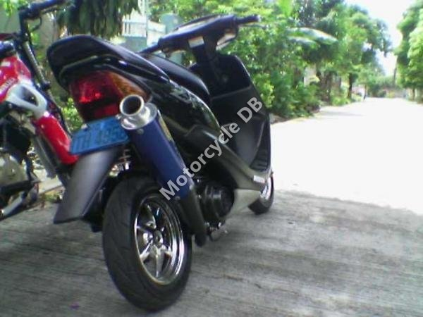 Honda Dio 3 ZX Live 1999 7008