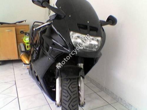 Honda CBR 1000 F 1994 9157