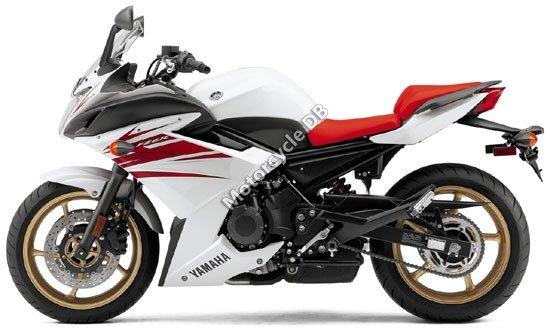 Yamaha FZ6R 2010 4494
