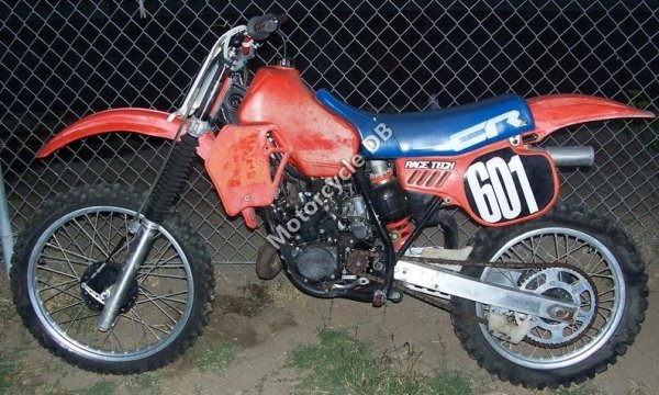 Honda CR 125 R 1983 9677 Thumb