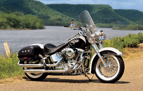 Harley-Davidson FLSTNI Softail Deluxe 2005 11435