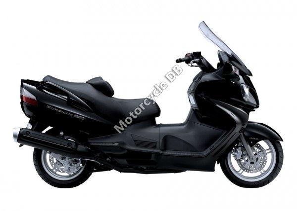 Suzuki Burgman 650 Exec 2011 8357