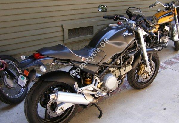 Ducati Monster 750 2001 10231