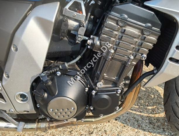 Kawasaki Z 1000 2003 28932