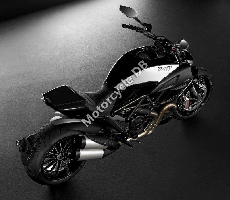Ducati Diavel Cromo 2012 31380