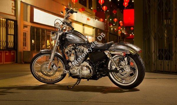 Harley-Davidson Sportster Seventy-Two Dark Custom 2014 23444