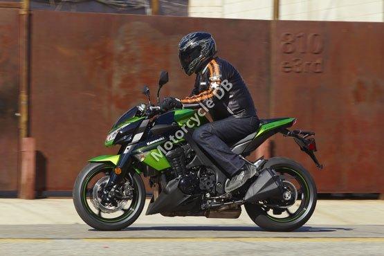 Kawasaki Z1000 2011 4839