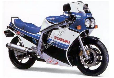 Suzuki GSX-R 750 (reduced effect) 1986 11555