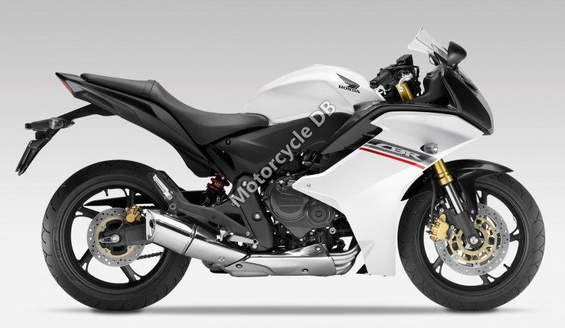 Honda CBR600F 2013 30011