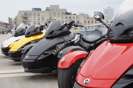 Can-Am Spyder Roadster SM5 2009 3441