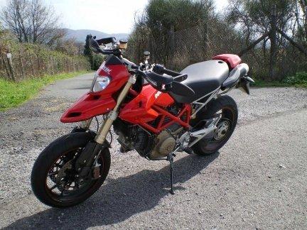 Ducati Hypermotard 1100 2009 49