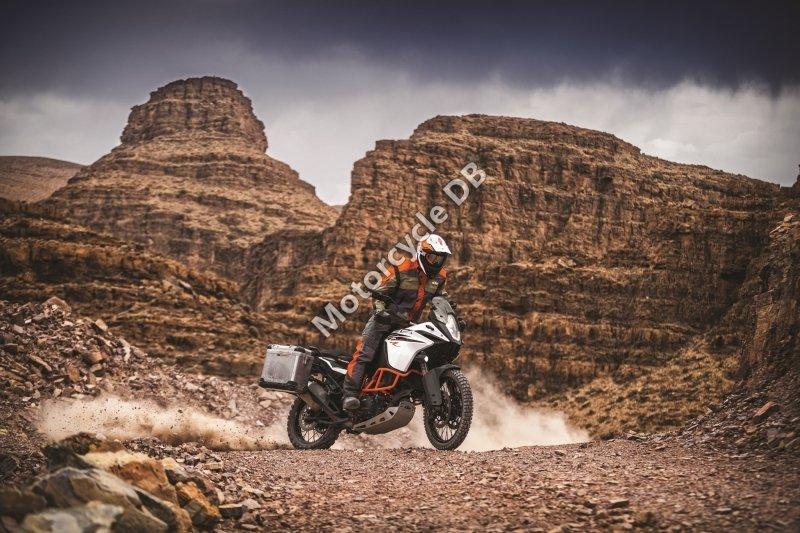 KTM 1090 Adventure R 2017 28717