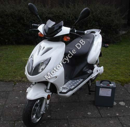 Innoscooter Elektroroller Retro Lithium 2010 20235