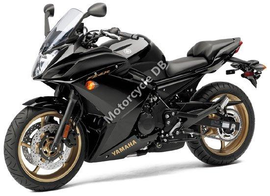 Yamaha FZ6R 2010 4496