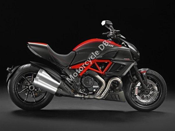 Ducati Diavel Carbon 2014 23390