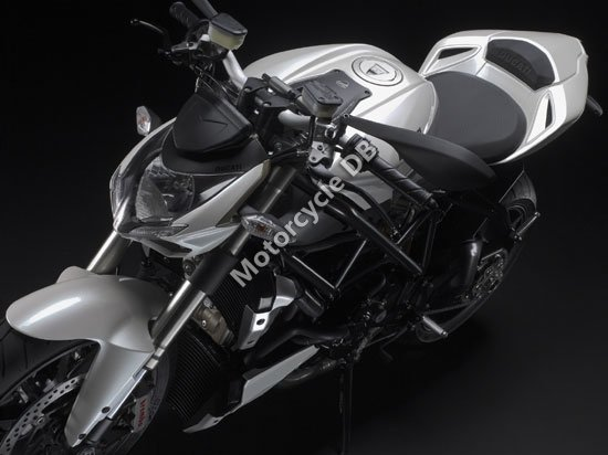 Ducati Streetfighter 2009 3460