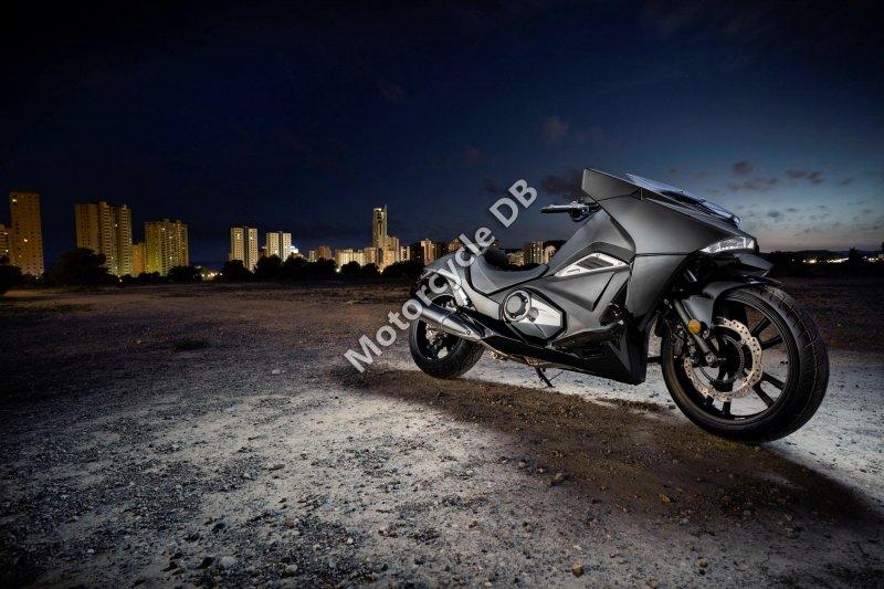 Honda NM4 Vultus 2017 30624