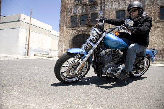 Harley-Davidson XL 883L Sportster 883 SuperLow 2011 6085