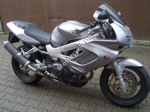 Honda VTR 1000 F 1999 10748