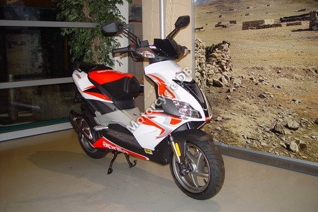 Aprilia SR 50 R 2008 9667