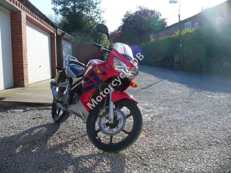 Honda CBR 125 R 2006 30468