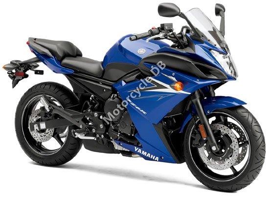 Yamaha FZ6R 2010 4497
