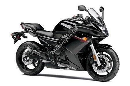 Yamaha FZ6R 2011 8272