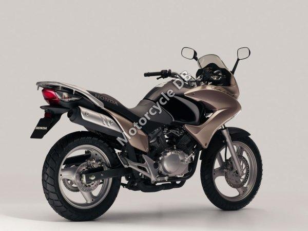 Honda Varadero 125 2001 16259