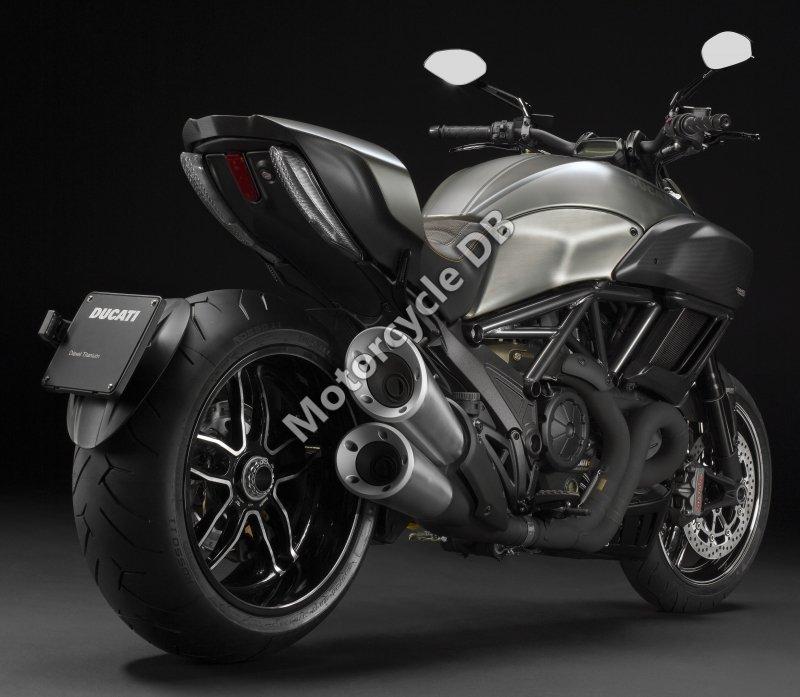 Ducati Diavel Titanium 2015 31435