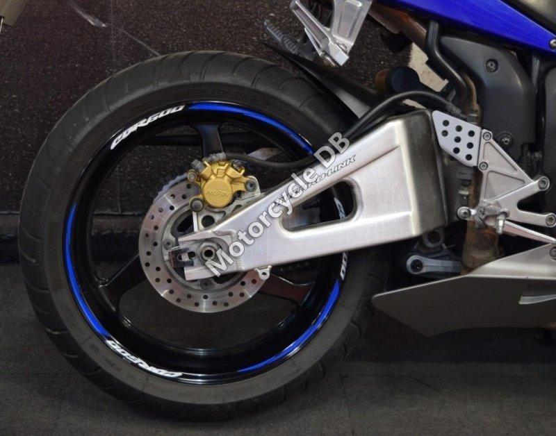 Honda CBR 600 RR 2003 29885