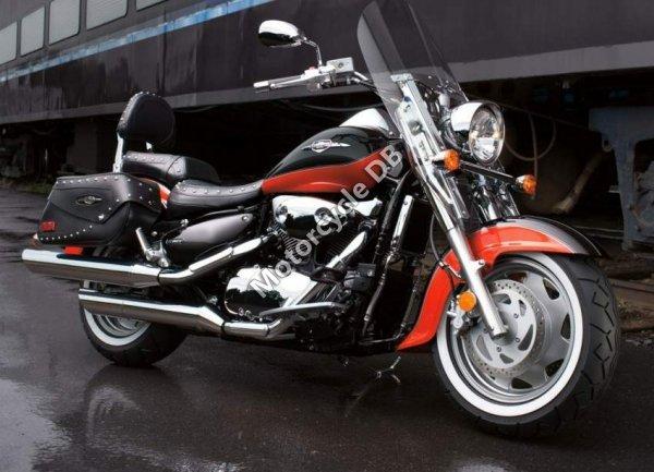 Suzuki Boulevard C90T 2010 1418
