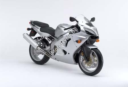Kawasaki ZZR 600 2006 5136