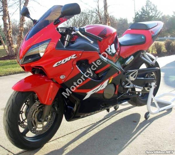 Honda CBR 600 F 2002 18321