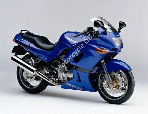 Kawasaki ZZ-R 600 2002 4052