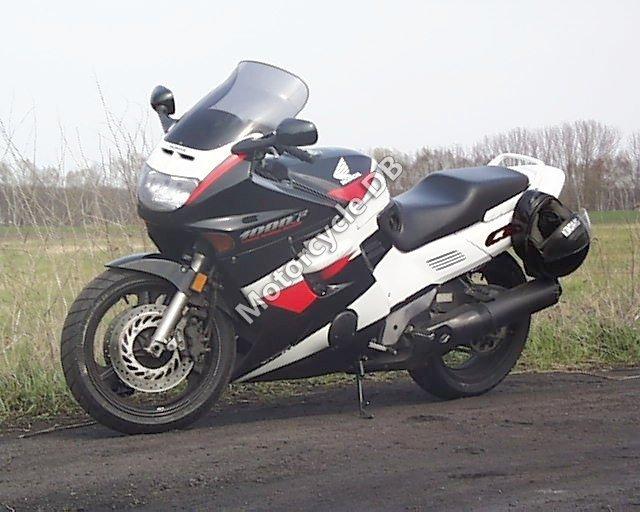 Honda CBR 1000 F 1989 30027