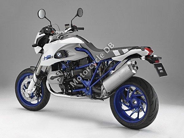 BMW HP2 Megamoto 2010 10800