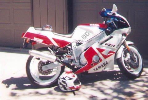 Yamaha FZR 600 1999 8766