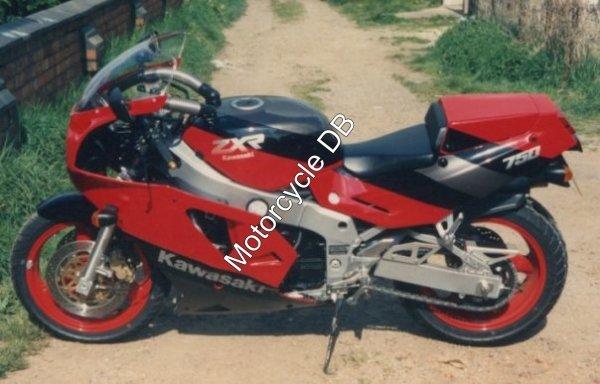 Kawasaki ZXR 750 1989 107
