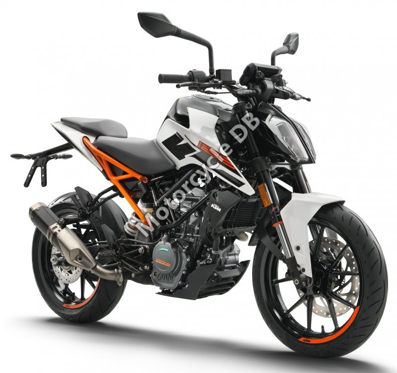 KTM 125 Duke 2018 28835