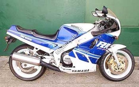 Yamaha FZ 750 (reduced effect) 1992 9279