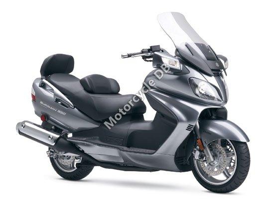 Suzuki Burgman 650 Exec 2008 2765