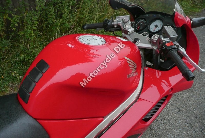 Honda VFR 750 F 1995 30609