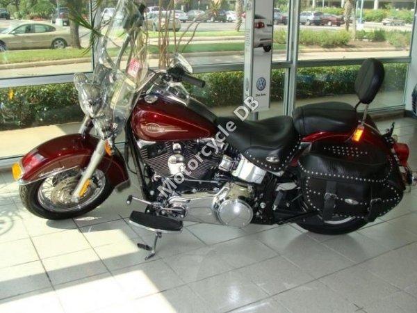 Harley-Davidson FLSTC Heritage Softail Classic 2003 10098