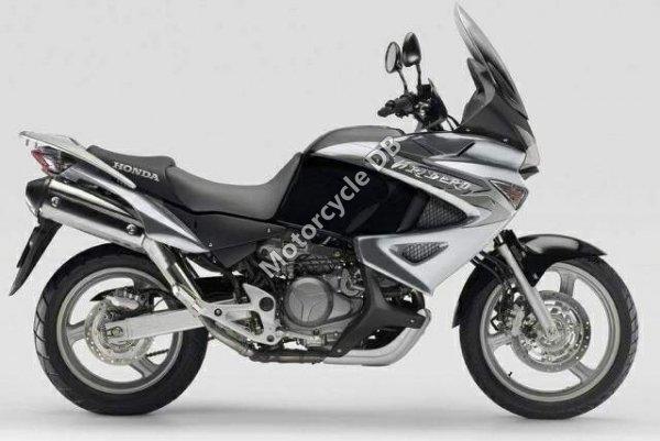 Honda XL1000V Varadero 2011 6748