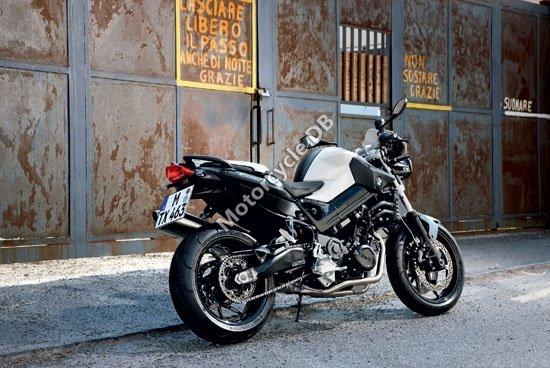 BMW  F 800 R 2010 4126